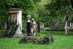 Kerepesi Cemetery - cemeteries-and-graveyards Photo