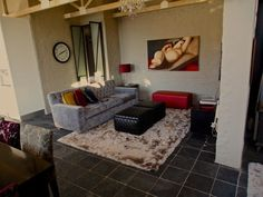 Tamboerskloof Bed Penthouse Stunning views of the city and Table Mountain Gumtree South Africa, Table Mountain, Flat Rent, Stunning View, Cape Town, Couch, City, Bed, Furniture