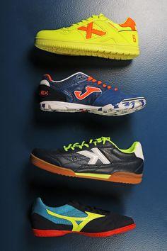 📢📢Encuentra en Futbolmania una gran variedad de marcas y modelos de  zapatillas de fútbol 30983a13e0d2a