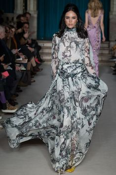Matthew Williamson Fall 2015 Ready-to-Wear - Collection - Gallery - Style.com