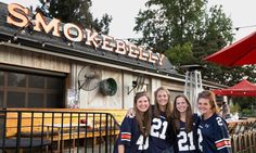 College football-watching is more fun with fellow alums. Here are the best bars to watch football in Atlanta.