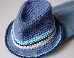 Best hat crochet pattern free fedora Ideas Best hat crochet pattern free fedora Ideas Best Picture For tricot et Crochet For Your. Bonnet Crochet, Crochet Baby Hats, Crochet Beanie, Knit Or Crochet, Crochet Scarves, Crochet Crafts, Crochet Clothes, Crochet Projects, Free Crochet