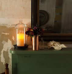 How to style a fall mantel: 101 tips and basic anchoring ideas. #decorating #fall #mantel