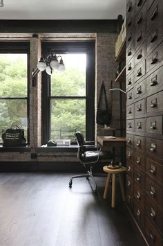 A Rugged, Rustic NYC Loft by Matt Bear of Union Studio - Remodelista Ny Loft, New York Loft, Interior Exterior, Best Interior, Interior Architecture, Luxury Interior, Interior Design Examples, Interior Design Inspiration, Design Ideas