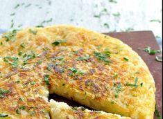 Αυτή η καταπληκτική συνταγή για πατάτες που στην πραγματικότητα είναι... τηγανιτές απλώςείναι διαφορετικά φτιαγμένες, συνηθίζεται πάρα πολύ στο εξωτερικό, γίνεται εύκολα, ταιριάζει με κρεατικά, μπιφτέκια, σνίτσελ αλλά και αυγά. Αφήσαμε τα αυγά γ...