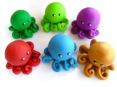 Animal crafts Clay - Birthstone Little Octopus Mini Marble Friend Choose A Birthday Month with Faux Gemstone Polymer Clay Kunst, Polymer Clay Animals, Fimo Clay, Polymer Clay Projects, Polymer Clay Charms, Polymer Clay Creations, Clay Crafts, Paper Crafts, Cute Polymer Clay