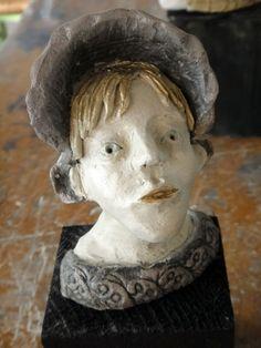 Têtes en fête ! Art Education, Sculpture, Statue, Sculpting, Art Education Resources, Sculptures, Art