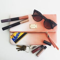 The best way to take a look from day to night? A fab clutch and mark. hook ups! #WhatsInMyBag -markgirl Instagram www.youravon.com/ericagerlemann