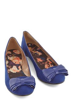 Luxe Get Going Flat. Youre prepped to step out and have some fun in these royal-blue flats! #gold #prom #modcloth