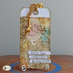 Tammy Tutterow Tutorial: embossed resist.