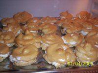 Karamelové větrníčky Thing 1, Muffin, Chicken, Breakfast, Morning Coffee, Muffins, Cupcakes, Cubs