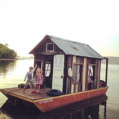 An Amazing Little Shanty Boat Blog.