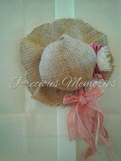 Precious Memories Λαμπάδες Πάσχα | bombonieres.com.gr Crochet Hats, Candles, Easter Ideas, Memories, Babies, Girls, Table Arrangements, Knitting Hats, Memoirs