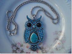 http://www.elo7.com.br/colar-curuja-azul/dp/564747#df=d&uso=o