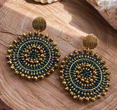 Fancy Jewellery, Gold Jewellery Design, Bead Jewellery, Stylish Jewelry, Fashion Jewelry, Bridal Earrings, Beaded Earrings, Earrings Handmade, Handmade Jewelry