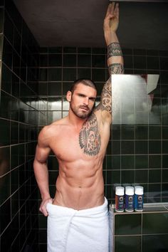 Official Stuart Reardon - NW Crusaders - www.stuartreardon... - English Rugby Player & Model - Managed by Ellie of ellie@LoveNBooks.com