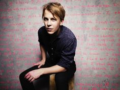Tom Odell Announces 2016/17 TourWithGuitars