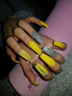 23 Great Yellow Nail Art Designs 2019 nails yellownails gelnails is part of French nails DIY Hairdos - French nails DIY Hairdos Aycrlic Nails, Glam Nails, Bling Nails, Coffin Nails, Yellow Nails Design, Yellow Nail Art, Exotic Nails, Fire Nails, Best Acrylic Nails