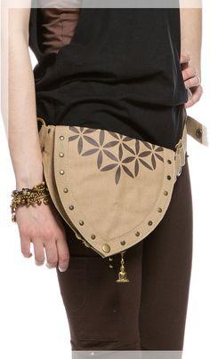 Сумка на пояс в этническом стиле, стиль бохо, веганская сумка, Chintamani, Belt Bag, boho style, vegan bag. 4840 рублей