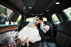 Planning to hire limo for your wedding? Along with the wedding day coming near, you have the extra responsibility of hiring the right limousine service for Wedding Limo Service, Wedding Hire, Wedding Album, Wedding Blog, Dream Wedding, Wedding Vendors, Summer Wedding, Wedding Events, Wedding Stuff