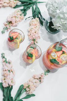 Summer Rosé Spritzer Recipe | Simple and easy cocktails for summer | Llano Estacado Wine