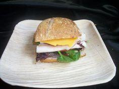 turkey sandwich on bolo