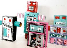 Reycled Robot Monsters I need to make some of these! Cardboard Crafts, Paper Crafts, Cardboard Tubes, Kids Crafts, Recycled Robot, Robot Monster, Recycled Art Projects, Recycled Crafts, Recycled Materials