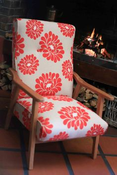 A Revived Starck Easy Chair Second Hand Furniture Shop, Upholstery, Flooring, Chair, Wood, Easy, Home Decor, Tapestries, Decoration Home