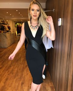 Swans Style is the top online fashion store for women. Shop sexy club dresses, jeans, shoes, bodysuits, skirts and more. Tight Dresses, Sexy Dresses, Fashion Dresses, Girls Dresses, Elegant Dresses, Beautiful Dresses, Dd Girls, Modelos Fashion, Latex Dress