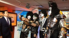 KISS joins Carson Daly for Orange Room selfie chain