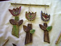 Clay Projects, Clay Crafts, Projects To Try, Pottery Art, Wind Chimes, Sculptures, Ceramics, Flowers, Garden Projects