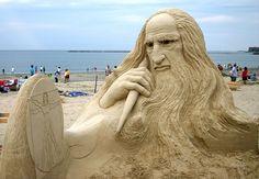 Leonardo de Vinci sand_sculpture
