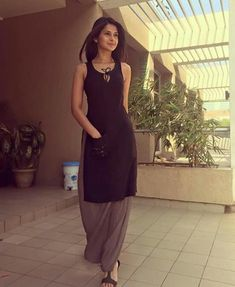 Jennifer Winget forever giving us style and comfort goals. These Sexy Pictures of Jennifer Winget Will Keep You Up All Night.Jennifer Winget as always Pretty!Check out my boards for more ideas!Love u jenny Salwar Designs, Kurta Designs Women, Kurti Designs Party Wear, Blouse Designs, Dress Indian Style, Indian Dresses, Ethnic Outfits, Indian Outfits, Churidar