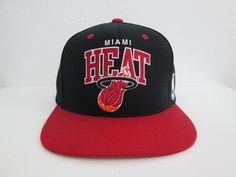 3d0a51e36 Miami Heat Mitchell And Ness Red Black SnapBack Hardwood Classics   MitchellNess  MiamiHeat Black Snapback