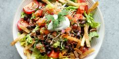 Looking for an easy taco salad recipe? This Beef Taco Salad Recipe is the best. Beef Taco Salad Recipe, Taco Salad Recipes, Salad Recipes Video, Salad Recipes For Dinner, Healthy Salad Recipes, Mexican Food Recipes, Ethnic Recipes, Mexican Meat, Taco Salads