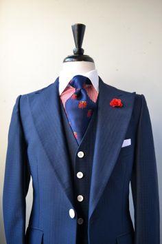 vintage 3-piece navy suit with peak lapels