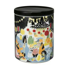 Arabia's Friendship jar is adorned with a lovely, colourful pattern. The Moomin Friendship collection features illustrations based on Tove Jansson's storybook, Who Will Comfort Toffle? Ceramic Jars, Stoneware Mugs, Porcelain Ceramics, Moomin Shop, Tove Jansson, Slice Of Life, Farmhouse Kitchen Decor, Jar Storage, Vintage Pottery