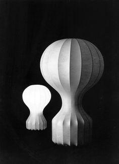 GATTO  (lampada da tavolo in cocoon) 1960 Progetto: Achille e Pier Giacomo Castiglioni