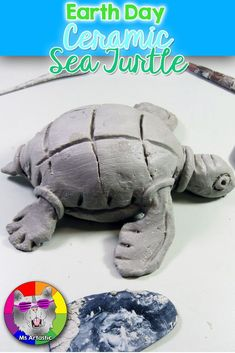 Summer Art Projects, Clay Projects, Projects For Kids, Sculpture Projects, Sea Turtle Art, Sea Turtles, Art Lessons For Kids, Art For Kids, Elementary Art