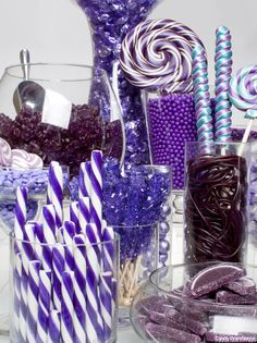 purple candy buffet I LOVE PURPLE! I think this is a neat idea. I saw something like this at one of my daughter's friends birthday party with purple & pink as the theme-- Purple Birthday, Purple Party, Purple Wedding, Yellow Weddings, Grad Parties, Birthday Parties, Birthday Table, 90th Birthday, Purple Candy Buffet