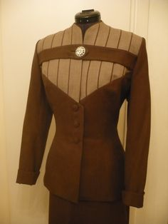1940 | Two-Tone Deep Brown and Tan Wool Sharkskin Fitted Suit with Piping Detailing and Large Rhinestone (brooch) Top Button Closure by Lilli Ann