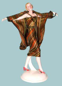 Art Deco figure katzhutte - 20th Century Decorative Arts, European based.