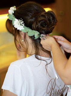 Makeup & Hairstyling in Wien Eyebrow Design, Airbrush Makeup, Fashion Catalogue, Bride Hairstyles, Facial Hair, Hair Removal, Eyebrows, Fashion Beauty, Hair Makeup