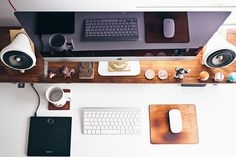 Home office apple desk by on Apple Inc, Office Apple, Affiliate Marketing, Online Marketing, Digital Marketing, Content Marketing, Media Marketing, Internet Marketing, Influencer Marketing