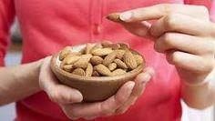 Gezond ouder worden? Dan moet je vooral deze noten eten!