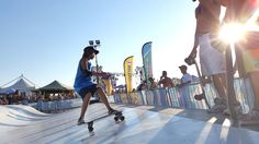 Learning surfskate on the Surfskate Wave by Whitezu.