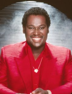 """Luther's Vandross' 20 Classic Songs: 1987 - """"So Amazing"""""""
