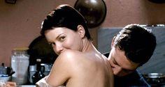SOUNDTRACK - Linda un'attrice. A Budapest, su un set cinematografico, ha conosciuto Paolo, un tecnico del suono di presa diretta. Tra i due è stato amore a prima vista e lei lo ha seguito in Italia pur proseguendo la sua carriera di attrice.