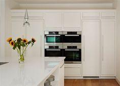 Open-Plan Family Linear Kitchen from Harvey Jones New Kitchen, Kitchen Ideas, Kitchen Utilities, Kitchen Inspiration, Open Plan, Kitchens, Kitchen Cabinets, How To Plan, Frame