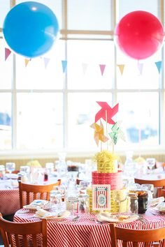 DECORATION: Ticket roll cake - pinwheels as cake topper
